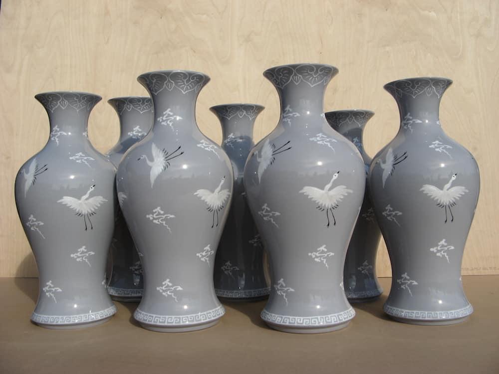 Gambit vases.